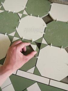 плитка перед камином